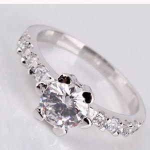Jewelry - 1ct 18k White gold Halo Diamond ring